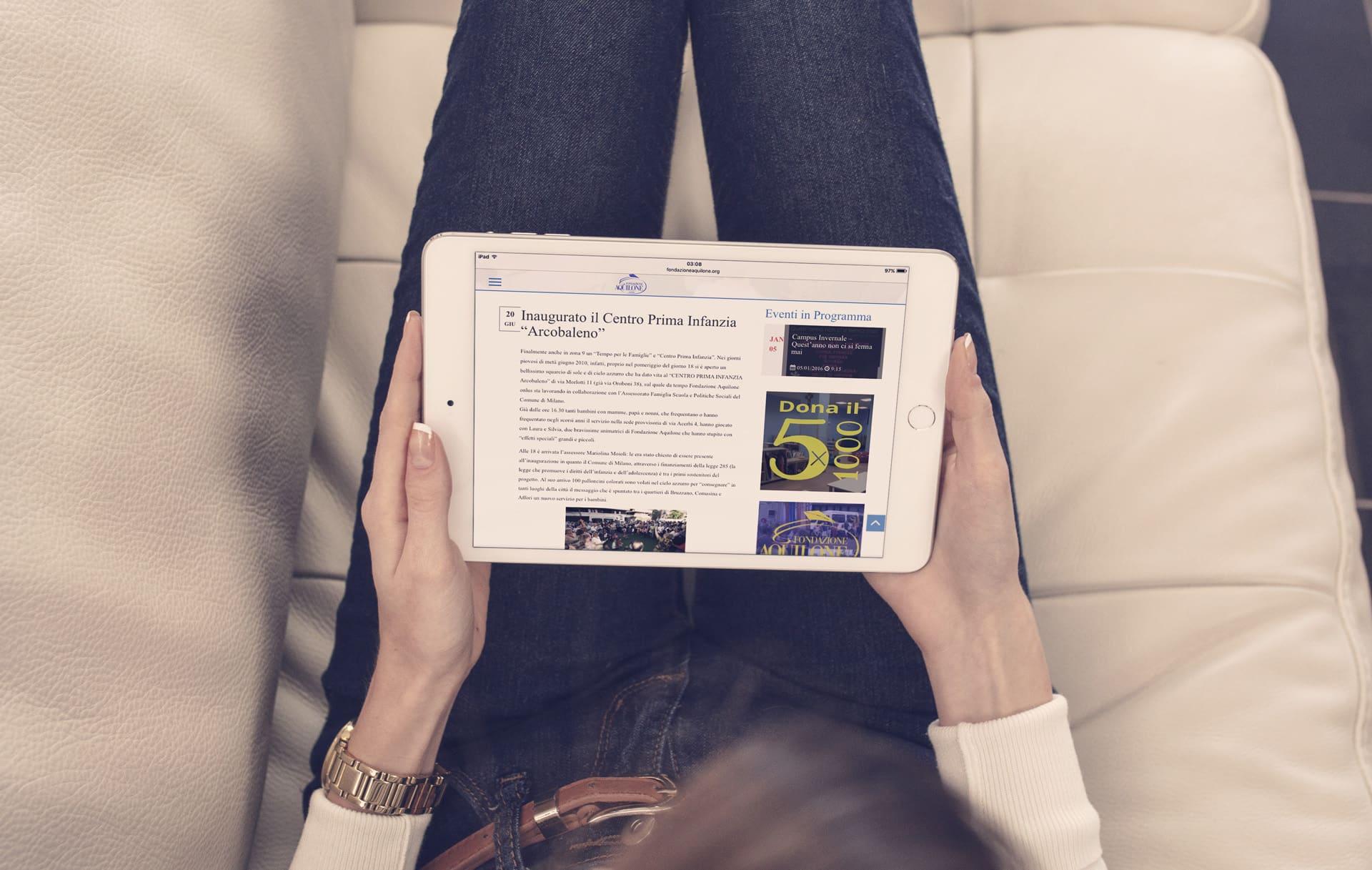 fondazione aquilone onlus mockup iPadMini3